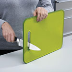 Joseph Joseph® Slice & Sharpen Chopping Board